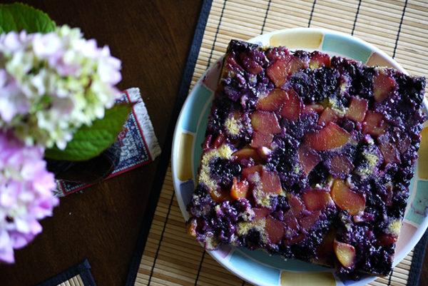 upsidedown_polenta_cake3