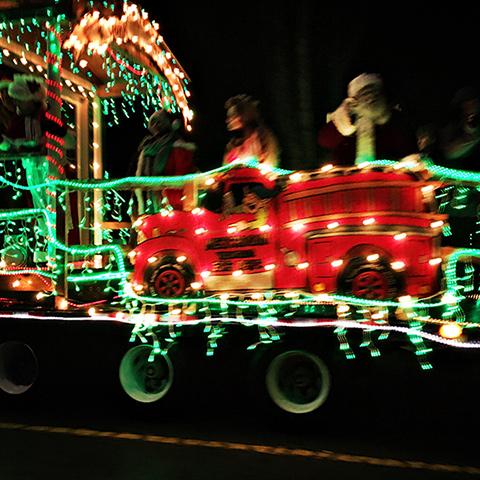2016_christmas_truck3
