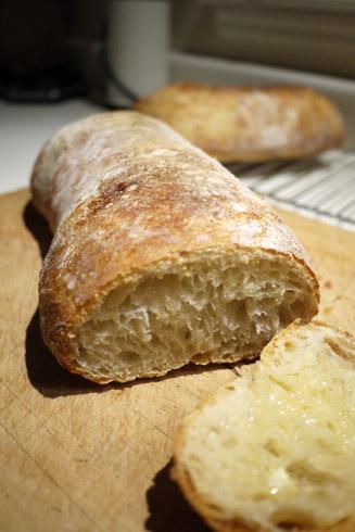 捏ねないパン チアバタ