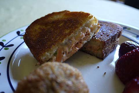 salmon-salad-sandwich