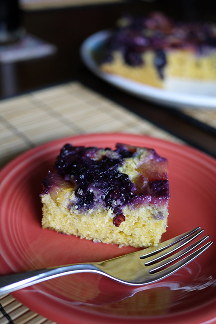 upsidedown_polenta_cake5